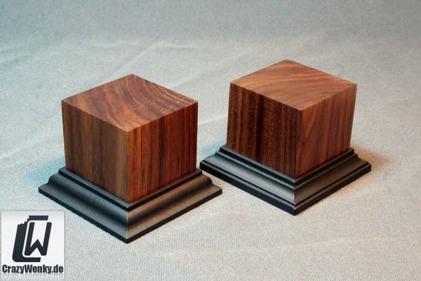 Holzsockel 50x50mm (55mm Höhe) Nussbaum