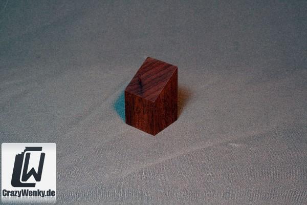 Holzsockel 30x30mm (Büste) Nussbaum
